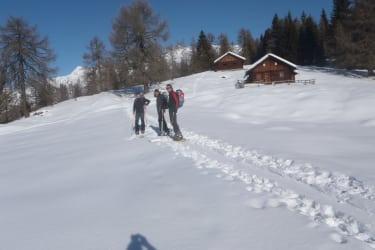 Schitouren ab Hof bei guter Schneelage - der nächste Schieverleih ist in Greifenburg