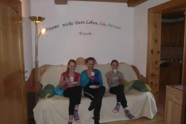 Quendel-Elfen-Stube bietet Platz für 2 -4 Personen sehr gemütlich mit vielen heimischen Hölzern