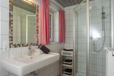 Badezimmer mit Bodenheizung
