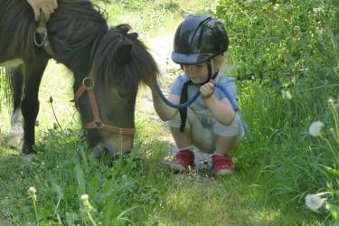 lina mit ihrem Pony