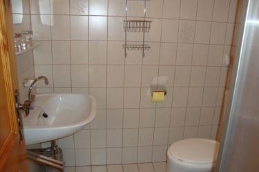 Mohnblumenzimmer Dusche