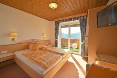 1 von 2 Schlafzimmern im App. Alpenrose