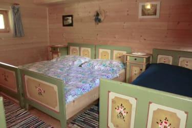 Zimmer 4 Betten