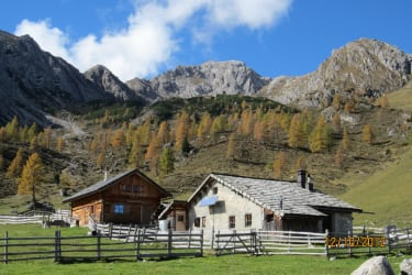 Unholden- und Temelhütte