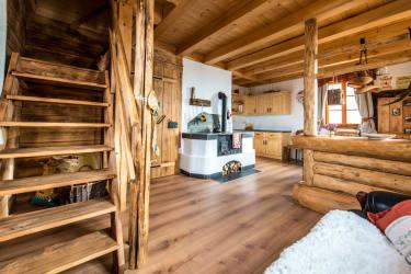 Holzherd im Erdgeschoss