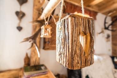 Liebevolle Details aus Holz