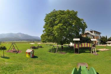 Unser riesengroßer Kinderspielplatz