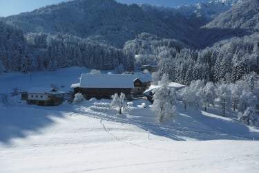 herrliches Bergpanorama im Winter