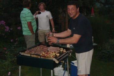 Gerardo grillt für unsere Gäste