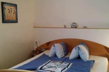 Schlafzimmer von Wohnung 2