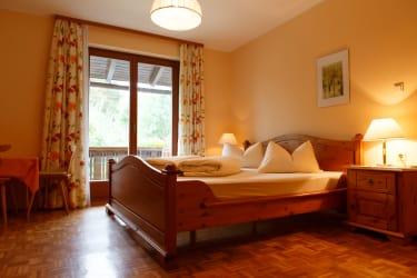 Schlafzimmer Mohn/Korn