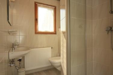 Badezimmer in der Familieneinheit