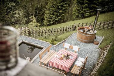 Entspannungsbad im Hot Pot
