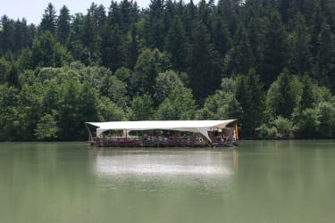 Ausflugsziel Floßfahrt auf der Drau