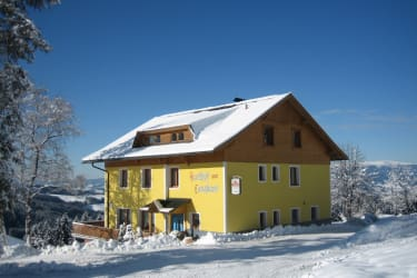 Langhans guesthouse/boarding house in winter