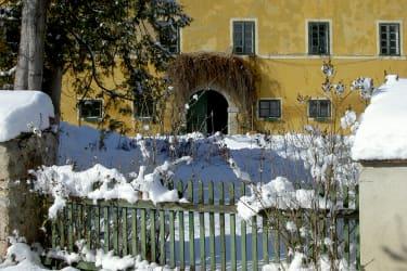Winter Schlosseingang