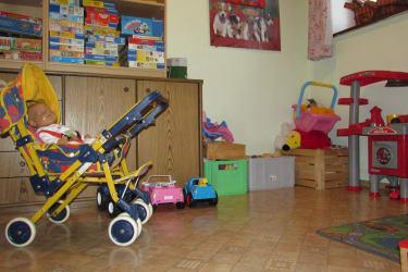 Spielzimmer mit Spielecke für die Kleinen