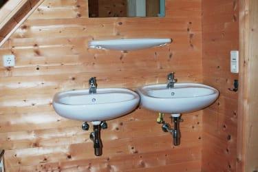 Panoramahütte Waschraum Obergeschoß