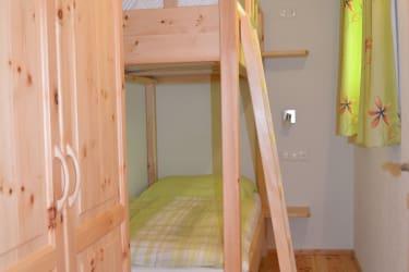 Stockbettschlafzimmer Fewo Fernblick