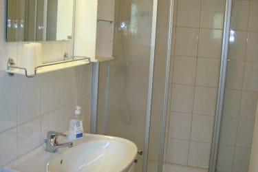 Ferienwohnung Gerlitzenblick - Badezimmer 1