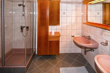 Badezimmer - West