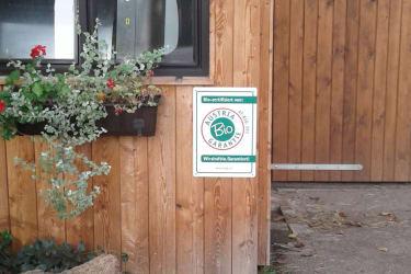 Biohof Haunschmid- Laufstall