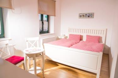 Doppelzimmer (Foto: Winzerhof Küssler)