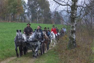 Leonhardiritt mit Pferdesegnung