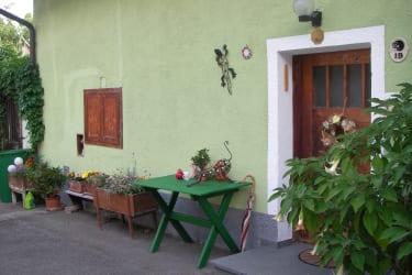 Eingang zu FeWo I im Innenhof