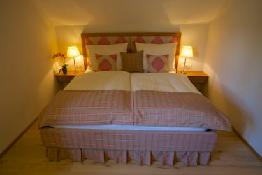 Gästehaus Punz - Orchideentraum Schlafzimmer
