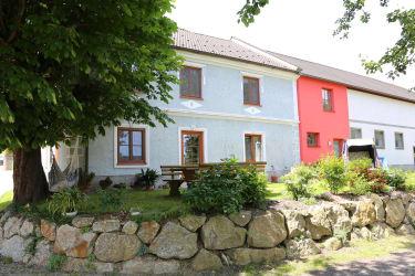 Lachgut Luger - Haus und Garten