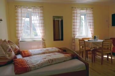 schönes,liebevoll eingerichtetes Zimmer
