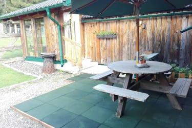 Gut Kehrbachl - Platzerl im Garten