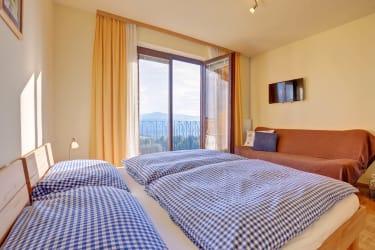 Schlafzimmer Sonnenblumenapartment