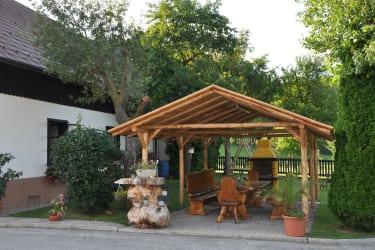 Familie Stoier - Grillplatz