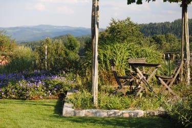 Ferienhaus Gruber List Schaugarten mit Ausblick in die Bucklige Welt
