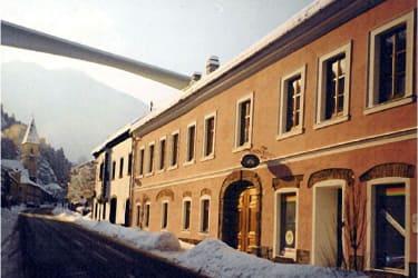 Haus Front Winter