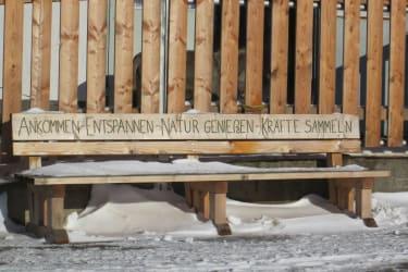 Ötscherblick Familie Winter - ÖtscherblickbankerlImSchnee (© Winter Angelika)