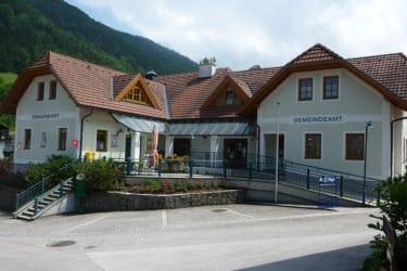 Gemeindeamt und Nahversorger