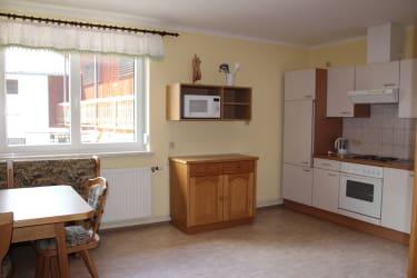 Karhof - Unsere gemütliche Gäste-Gemeinschaftsküche steht allen Gästen in den Doppelzimmern zur Verfügung