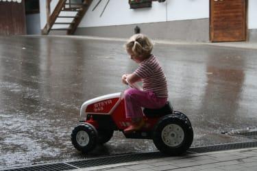 Karhof - Für kleine Bauern gibt es auch den passenden Fuhrpark bei uns am Karhof