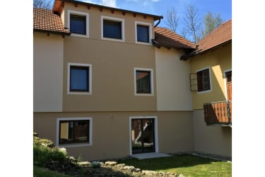 Ferienwohnung Hochbrand - Ansicht Innenhof