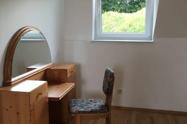 Schlafzimmer 1, Schminktisch