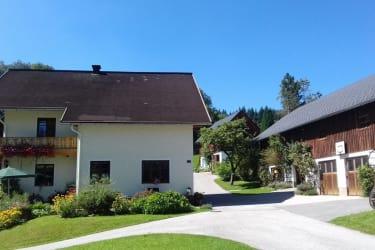 Ferienhaus Zwickelreith - Hofansicht gesamt