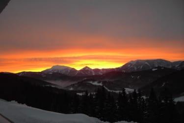 Höhenstein - Familie Helmel - Sonnenaufgang mit Ötscherblick