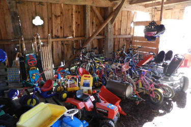Unsere Spielsachen Garage