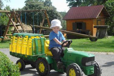 Kindertraktorfahrt