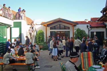 Familie Bauer - Weinherbst im Hof