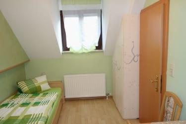 Zweibettzimmer aus anderem Blickwinkel