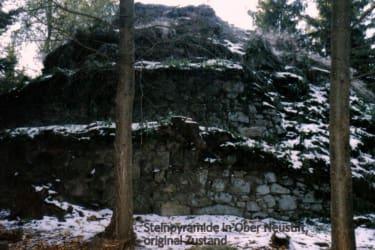 Steinpyramide - Kraftarena Groß Gerungs